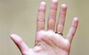 Mravenčení a necitlivost rukou